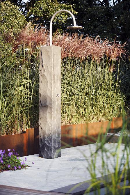 projekt 2 naturpool gartendusche schwimmteich lauterwasser gartenbau landschaftsbau. Black Bedroom Furniture Sets. Home Design Ideas